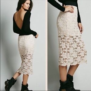 FREE PEOPLE Everything Rosey Blush Lace Skirt Xs